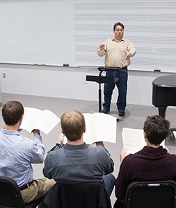 graduate choral student conducts in seminar class